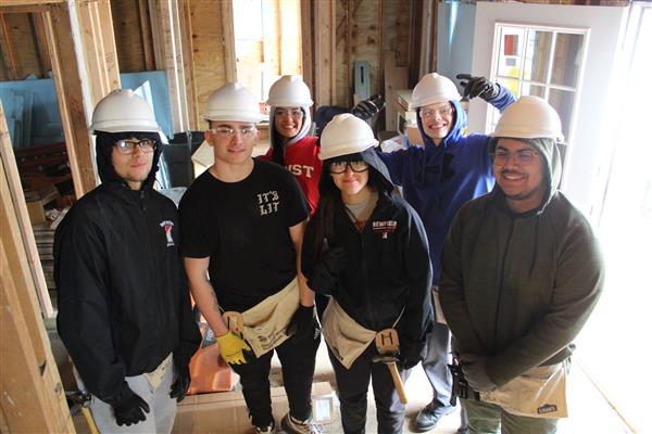 NHS DECA & Leaders' Club - Habitat for Humanity 2020